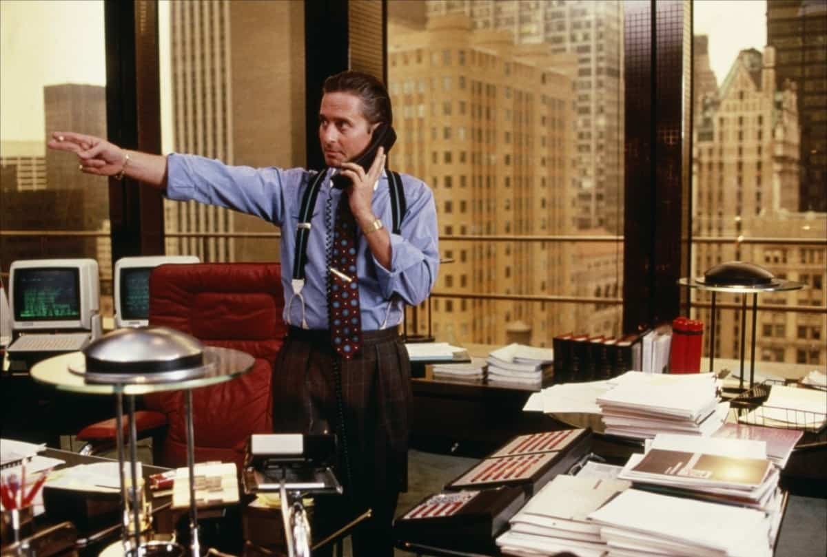 Azt mondod a mai pénzügyi rendszer nem ér semmit? Meg kéne változtatni?