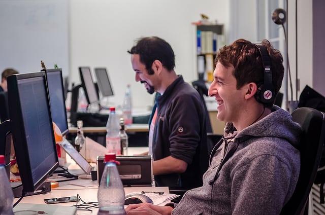 Meg lehet tanulni programozni online leckéken keresztül?