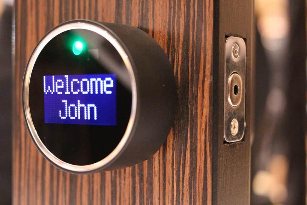 Startup ötlet: 8. ötlet – Okos otthon, IoT eszközök a lakásban