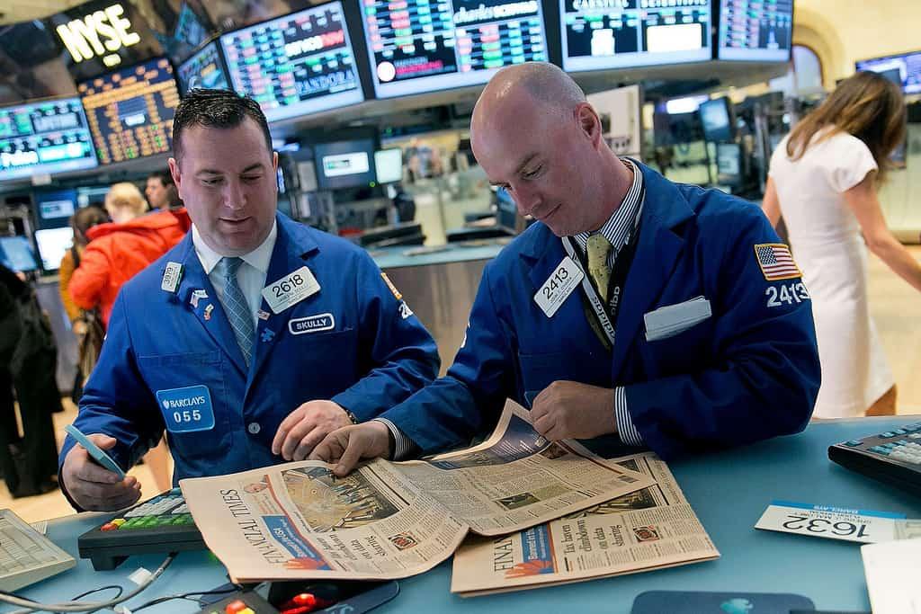 Már minden eszköz rendelkezésedre áll, hogy olyan információkhoz juss, mint a Wall Street-i brókerek