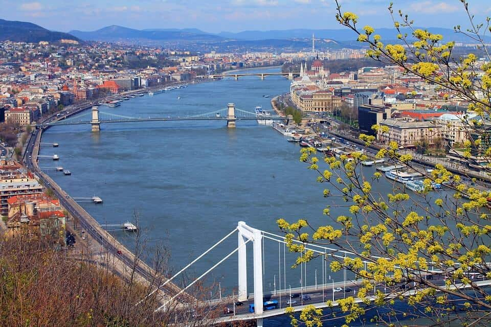 Több mint 10 millió forint megtakarítása van a magyaroknak? Kár, hogy ez csak átlag…