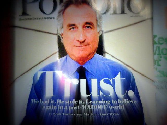 Bernie Madoff a börtönben is bizniszel, monopolizálta a forrócsokit