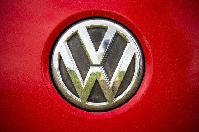 Már Volkswagen-részvénnyel is lehet kereskedni a HotForexnél. Érdemes a dízelbetyárral kereskedni?
