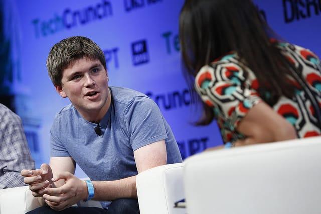 A 26 éves fiatal vállalkozó már 1,1 milliárd dolláros vagyonnal rendelkezik, ő a legfiatalabb self made milliárdos