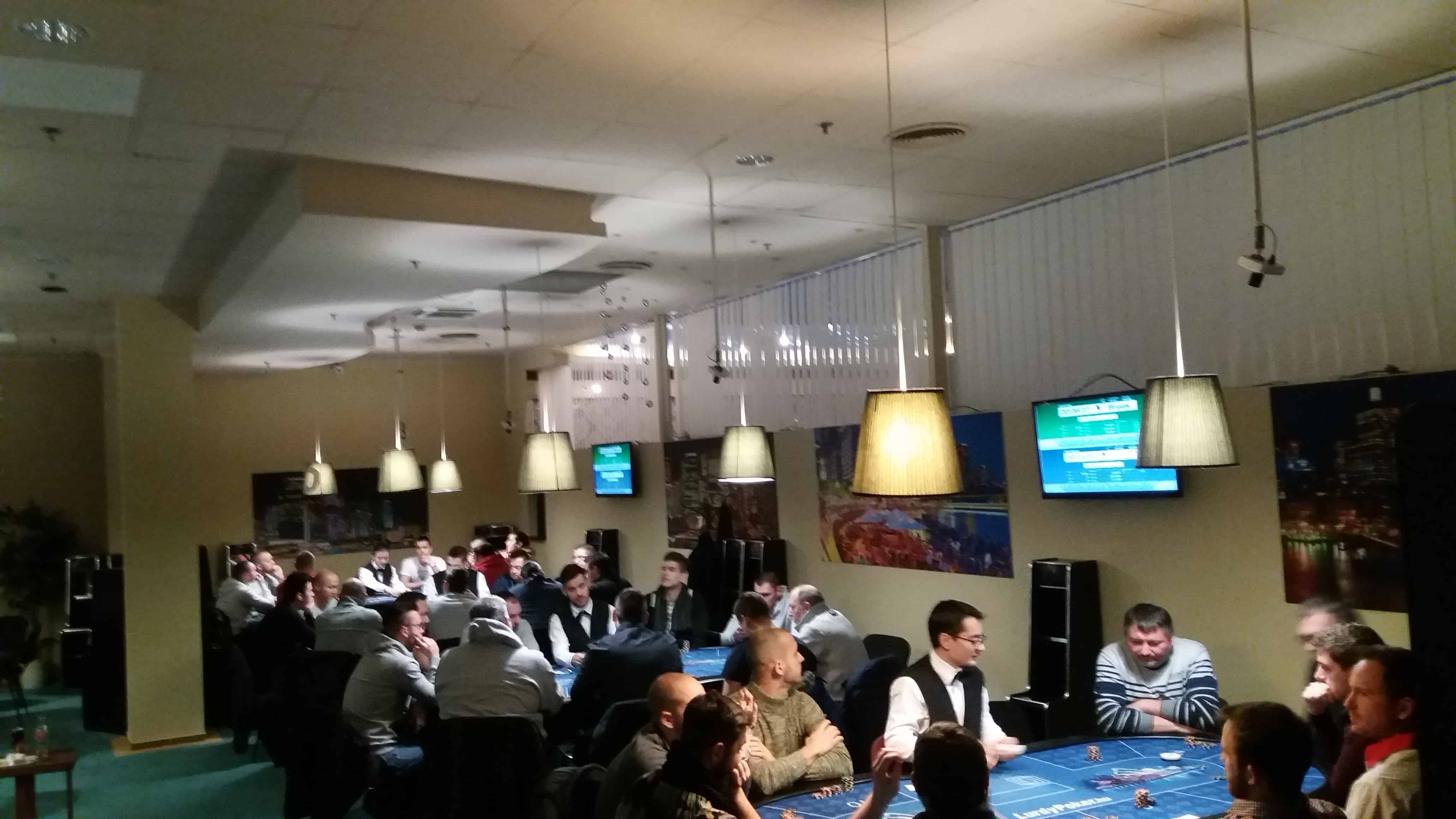 Vállalkozói Pókerverseny – #kapcsolatépítés #játék #vacsora – by Minner