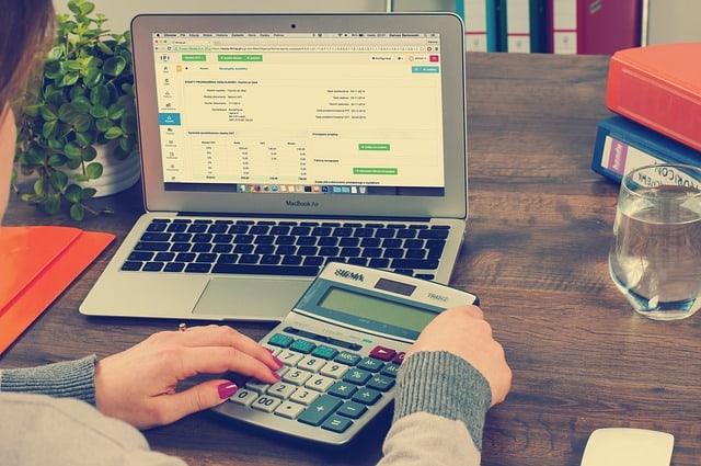 Hogyan indítanék be egy könyveléssel, számlázással, számvitellel foglalkozó startupot?