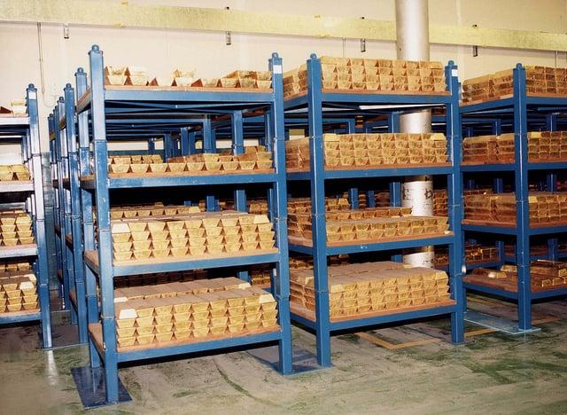 Németország 31 milliárd dollárnyi aranytartalékát szállította haza Párizsból és New Yorkból