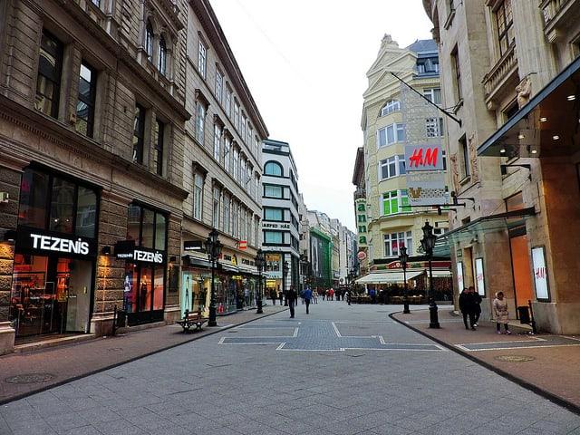 Saccolj! Mennyi működő vállalkozás van Magyarországon? Eredmény a cikkben!