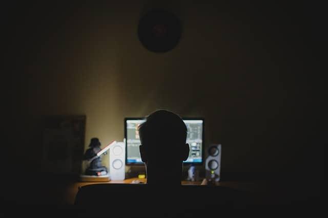 Kipécézték a magyarokat? Egyre több céges Facebook oldalt és hirdetési fiókot törnek fel a hackerek, csalók