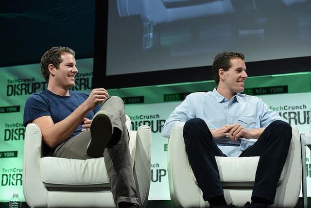 Zuckerberg elvileg tőlük lopta a Facebook ötletét, most a bitcoin megszázszorozta a pénzüket – valószínűleg már nem keseregnek