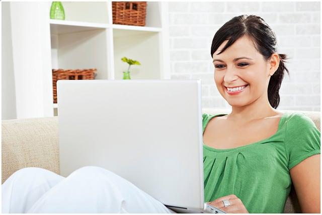 Otthonról dolgoznál, vagy munka mellett? Értesz az adminisztráláshoz, szövegíráshoz, Excelhez…? Legyél virtuális (távoli) asszisztens