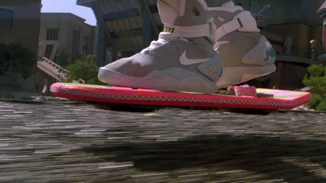 Valaki tényleg megvette a Vissza a jövőbe önbefűzős cipőjét