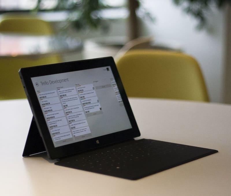 Használd a Trello applikációt! Növelni tudod a hatékonyságod, bevételed, illetve időt fogsz spórolni.