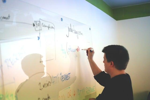 Ezeken a pontokon menj végig, mikor a startupod / vállalkozásod beindításán gondolkodsz