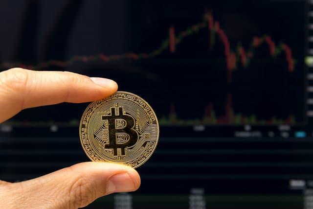 Kik azok, akik bitcoinnal kereskednek? Mit kell tudni róluk? McAfee piackutatott nekünk – piackutatás