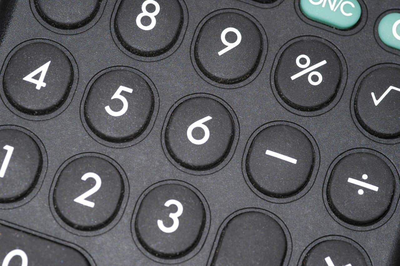 Hogyan kell kézzel pénzt számolni nagyon gyorsan? - videó