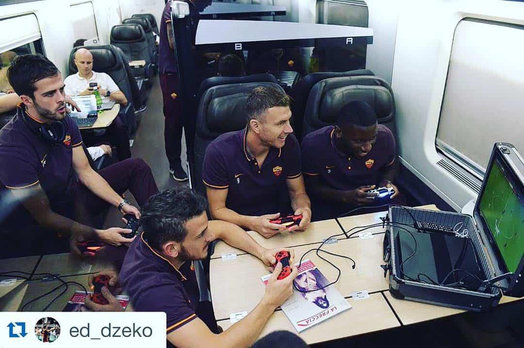 Már Messinek is adott el speciális mobil konzoltáskát